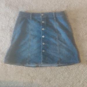 A cute Jean skirt 😍
